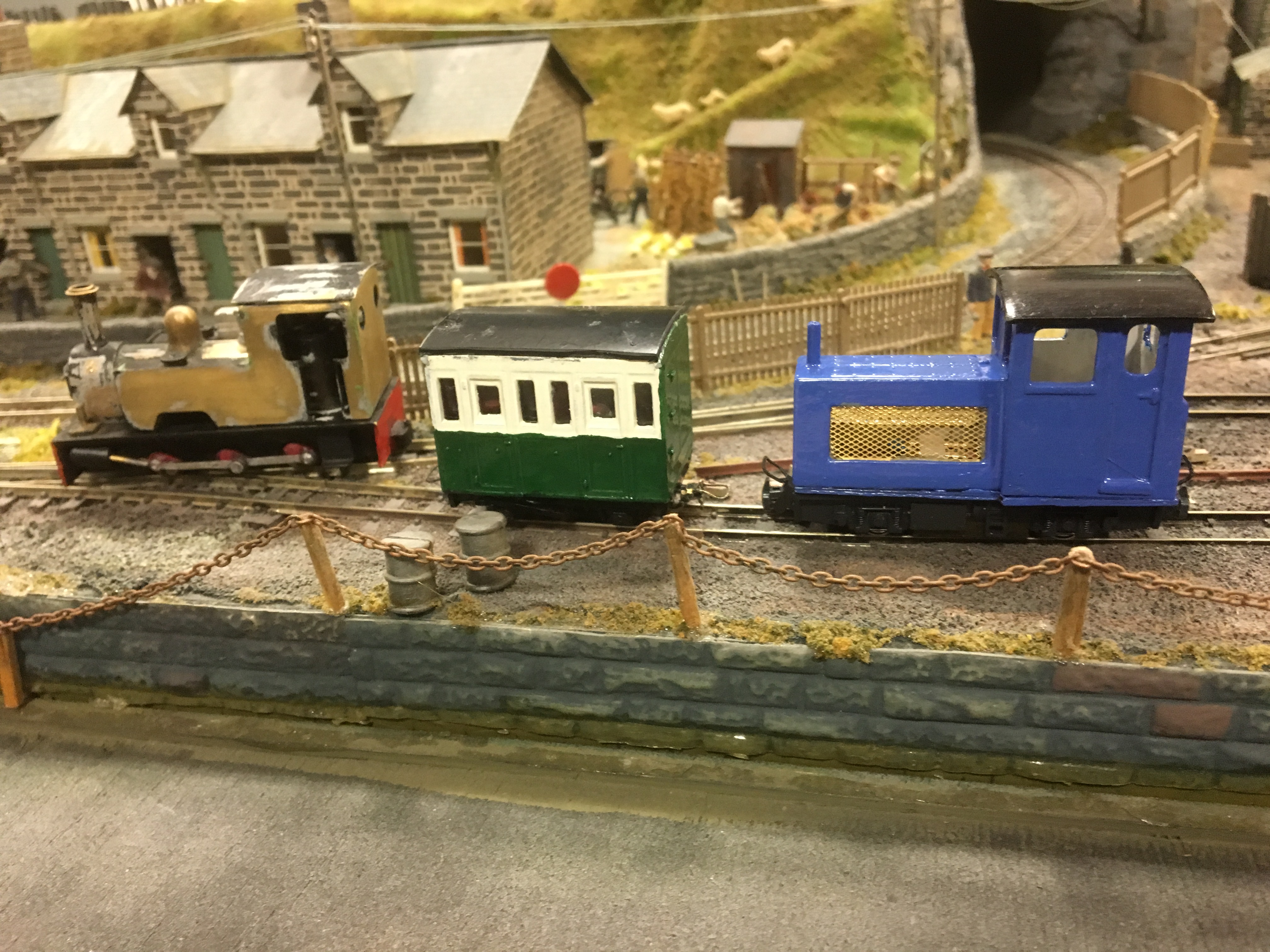 Bob Taylor's A1 Models Baguley diesel and  Colin Ashby 4-wheel coach with Will King's Bagnall.